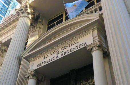 Faevyt encabeza la marcha al Banco Central
