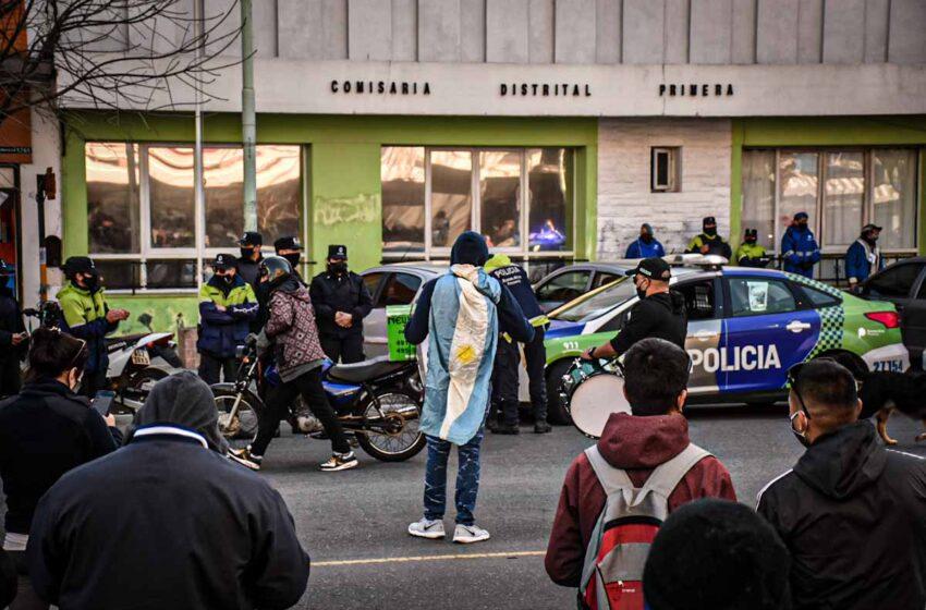 La policía bonaerense continúa con las protestas