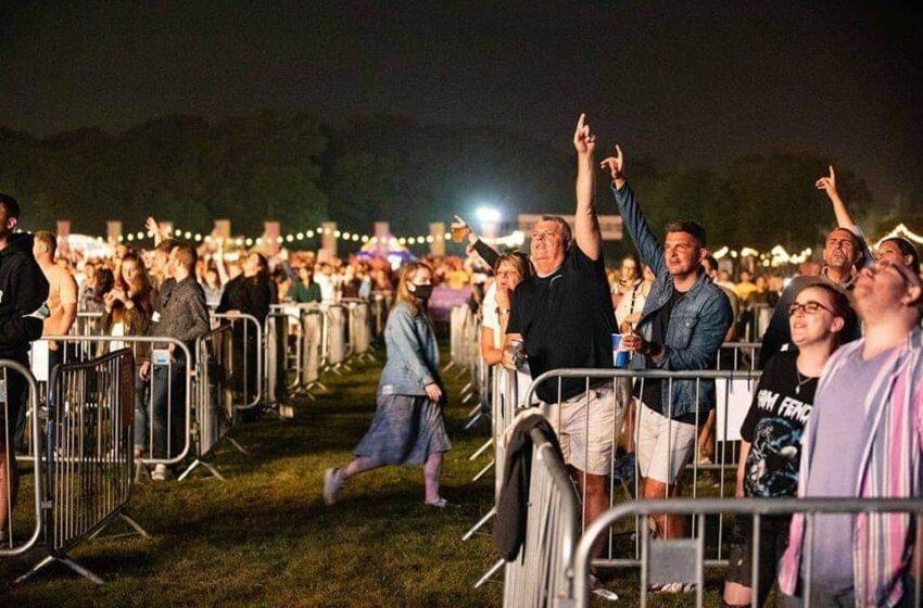 Autorizan eventos culturales al aire libre con hasta 100 personas