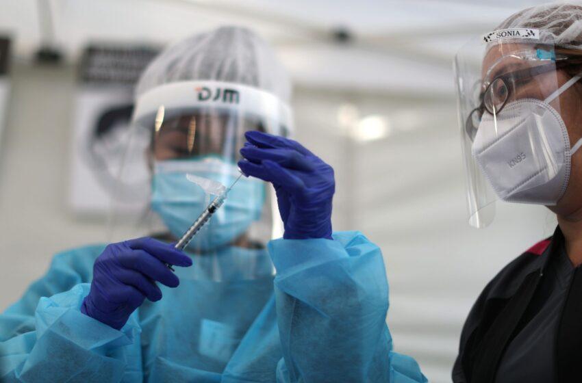 La vacuna de Pfizer y BioNTech funciona contra las nuevas mutaciones de COVID-19