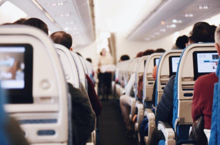 Alberto Fernández endurece las restricciones a los viajes al exterior