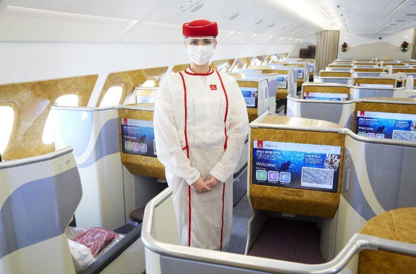 Emirates ya vacunó a todo su personal